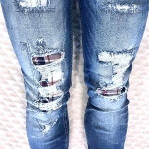 Miss Me Ankle Skinny Destroyed Stretch Jeans 24